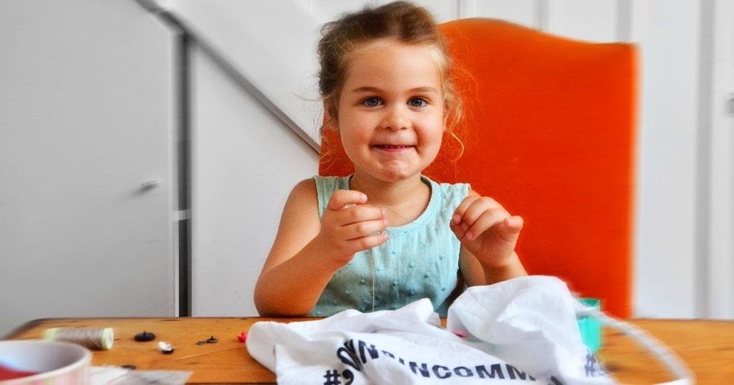 activité-montessori couture enfant
